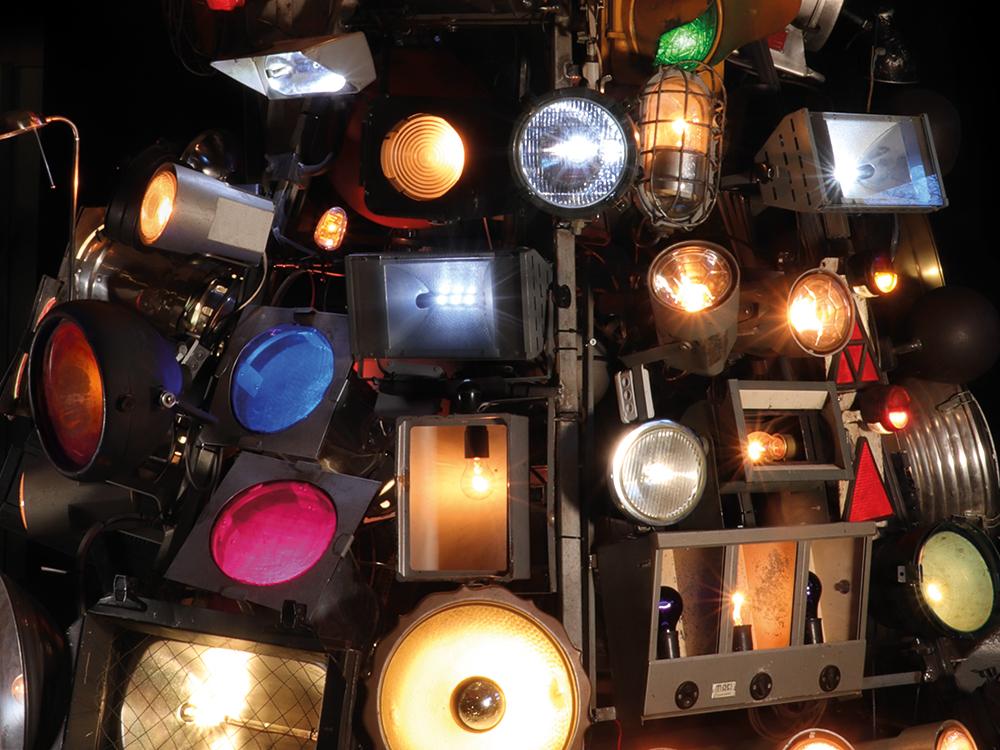 Kunstmaschine Leuchtkegel